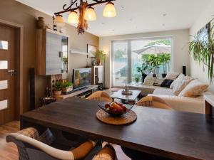 P R E N Á J O M  3-izbového bytu so záhradkou v Bernolákove