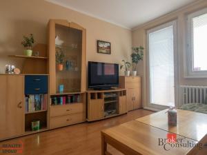 Na predaj 3 izbový byt (trojizbový), Bratislava - Dúbravka