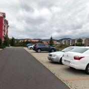 Vonkajsie parkovacie statie na Prsianskej Terase