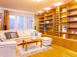 Priestranný a elegantný 3-izbový byt v Ružinove