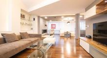 HERRYS - Na prenájom nadštandardný 6 izbový byt s krbom v blízkosti centra