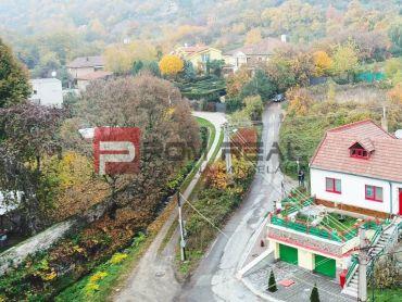 REZERVOVANÉ rodinný dom neďaleko Bratislavy vo Svätom Jure