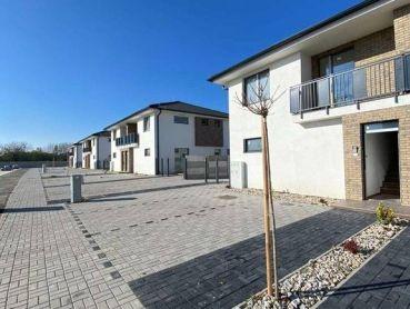 3 izbové byty v nízkopodlažnom dome v Dunajskej Strede -