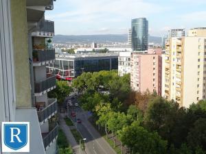 IMPREAL »»» Ružinov »» Kompletne zariadený, esteticky zladený byt s balkónom a komorou » novostavba