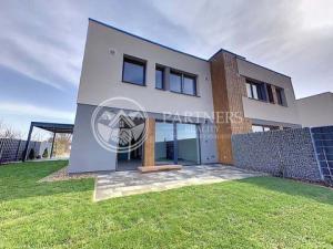 Predaj skolaudovaný rodinný dom Ivanka pri Nitre - s energetickým certifikátom A1