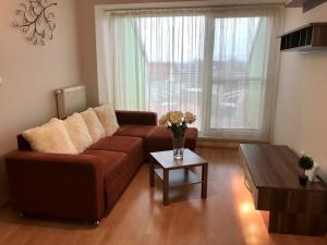 2-izbový byt s terasou,parkovaním, Chorvátsky Grob