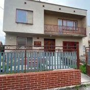 Novinka, veľký 6 izbový rodinný dom na predaj s garážou aj s dielňou, Trhová Hradská, okr. Dunajská