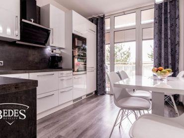 BEDES | REZERVOVANÉ -Zrekonštruovaný 4i byt, LOGGIA, Zapotôčky