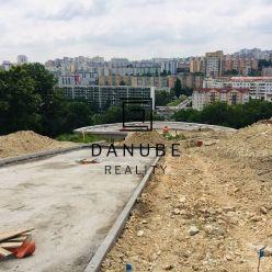 Predaj stavebný pozemok 1 000 m2 Bratislava, Staré Grunty Sitina v Karlovej Vsi, medzi Líščím Údolím