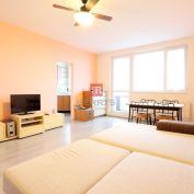 HERRYS - Prenájom – slnečný 2 izbový priestranný byt pri AUPARKU