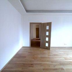 CASMAR RK ponúka NA PREDAJ veľký, zrekonštruovaný 3iz byt v Ružinove