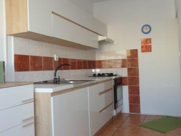 3.izb byt s loggiou 64m2, Varšavská ul., Košice - Ťahanovce