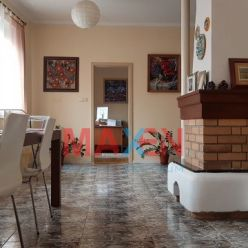 Predaj: *MAXEN*, 4 - izbový dvojpodlažný byt v historickom centre mesta, 165 m2, Alžbetina ul., Koši