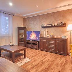 Zrekonštruovaný 4 izbový byt Prievidza ul. Dobšinského 90 m2