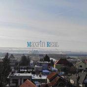 MAXFIN REAL - Pozemok s domom v Drážovciach