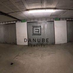 Predaj 2 garáží v podzemnej garáži v Bratislave-Vrakuni na Jedľovej ulici, aj samostatne.