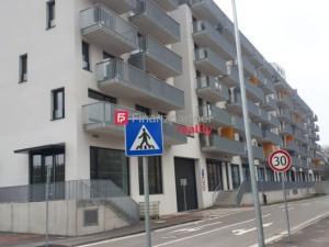 Prenájom 3izb. bytu v Bratislave na Jarabinkovej ulici.