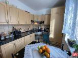 Directreal ponúka Kompletne zariadený 2 izbový byt neďaleko centra mesta