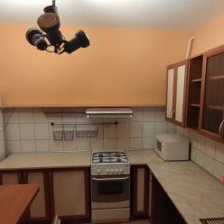 Ponúkame na prenájom zariadený jednoizbový byt, Viestova ulica, Uhlisko, Banská Bystrica