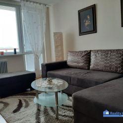 BYT NA PRENÁJOM, 2 - izbový, zariadený, Saratovská, Trenčín