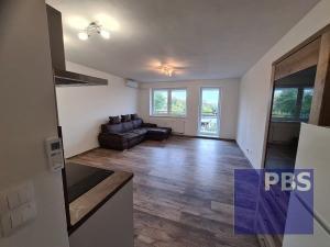 --PBS-- ++NA PRENÁJOM NOVOSTAVBA Exkluzívny 1.-izb. byt s BALKÓNOM o výmere 41 m2, zariadený, Trnava