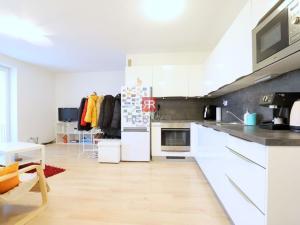 Na prenájom 2 izbový byt (dvojizbový), Bratislava - Karlova Ves