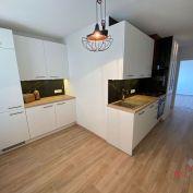 2 izbový byt  s dvomi balkónmi Topoľčany / PRENAJOM