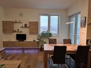 nadštandardný  3- izb. byt s podlahovým kúrením v novostavbe v Dolných Orešanoch