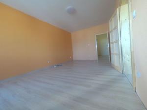 Na predaj 3 izbový byt (trojizbový), Nitra