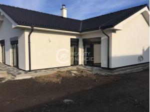 AG reality I  na predaj klasický rodinný dom - Miloslavov