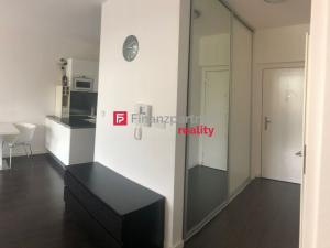 Prenájom moderného 2-izb. bytu v Bratislave.