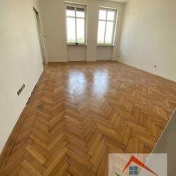 3 izb. byt, Vajanského nábr., 80 m2, tehlový dom s výťahom