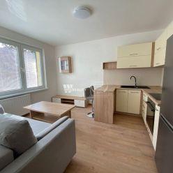 1 izbový komplet novozrekonštruovaný byt s novým nábytkom