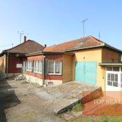 NOVINKA  4 izbový prízemní rodinný dom 192m2 priamo v meste Galanta. 144.000 € + dohoda