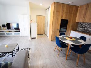 2i plnezariadený byt na prenájom so samostatným šatníkom a balkónom v novostavbe - možnosť parking +