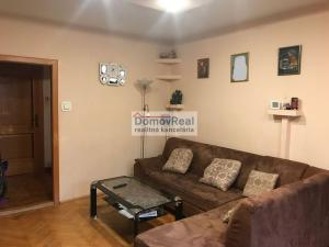 Na predaj 3 izbový byt (trojizbový), Šamorín