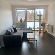 MAXFIN REAL-EXKLUZÍVNE na predaj veľký 3 izb byt s garážou v Trnave