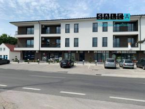 Na predaj 2-3 izbové byty v polyfunkčnom dome   v Gabčíkove