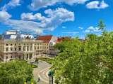 Hviezdoslavovo námestie - Krásny byt s vysokými stropmi a tou pravou Staro Mestskou atmosférou
