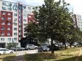 Slnečný priestranný tichý 3-izbový byt v srdci Petržalky !