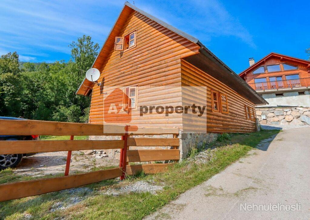 Ponúkame na predaj peknú 4 izbovú chatu v Terchovej