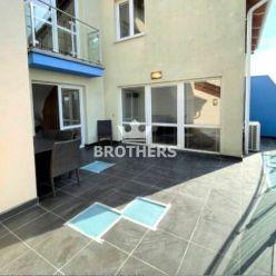 PRENÁJOM - 5i mezonetový byt, 200m2, priestranná terasa, 2 balkóny, 2 garážové státia, Lužná, Petrža