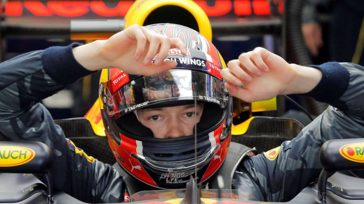 Red Bull Racing Daniil Kvjat apr16 Reuters