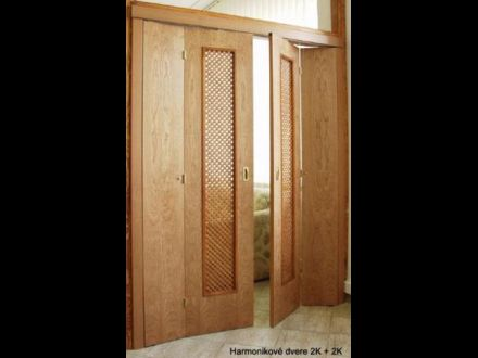 Harmonikové dvere